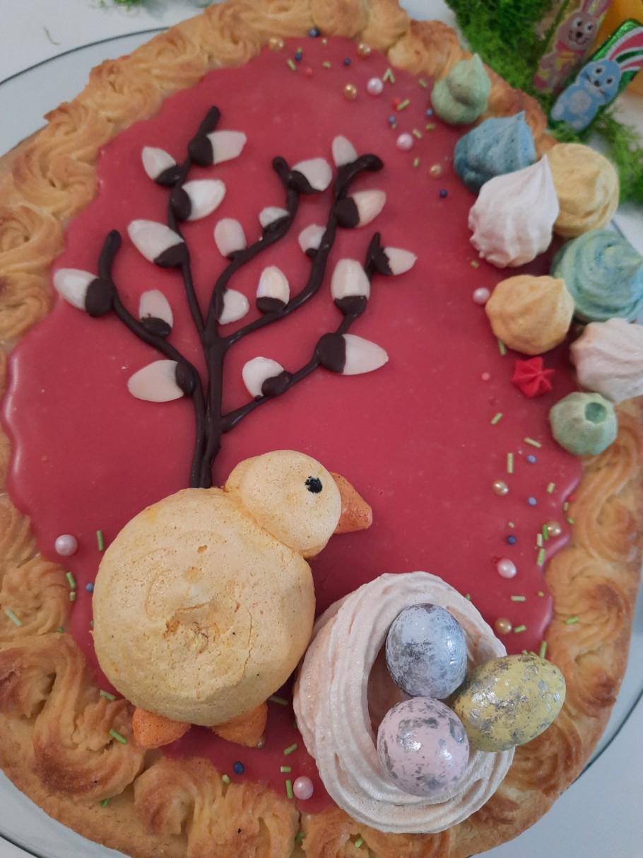 widok na ciasto mazurek wielkanocny